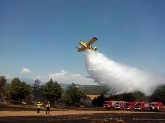 Vés a: Controlat i fora de perill l'incendi de vegetació agrícola al Solsonès