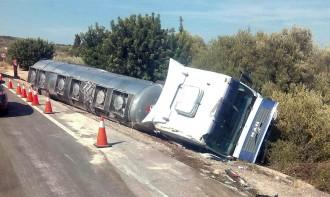 Vés a: Abertis veu com «una bona opció» desviar els camions de l'N-340 per l'AP-7