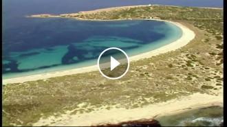 Vés a: Una illa de Formentera, en venda per 18 milions d'euros