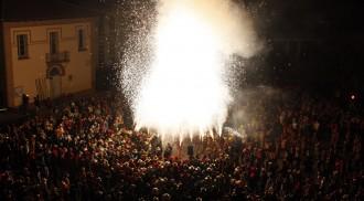 Vés a: Cervera reuneix 25.000 persones en un dels Aquelarres més multitudinaris