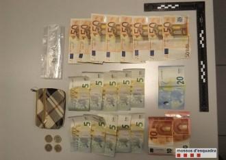 Vés a: Detinguda una parella que venia heroïna al seu pis de Santa Coloma de Gramenet