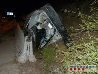 Vés a: Un camioner begut, drogat i sense carnet provoca un accident a l'A-7 a Altafulla
