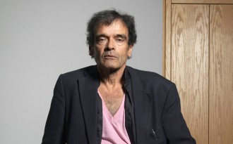 Vés a: La Filmoteca programa dues sessions dedicades al director Harun Farocki
