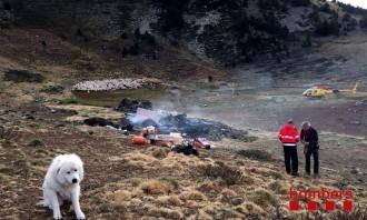 Un incendi crema totalment la cabana de pastor d'Estanilles