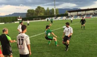 El Pobla s'emporta el primer derbi pallarès (4-1) i el Tremp goleja (7-2)