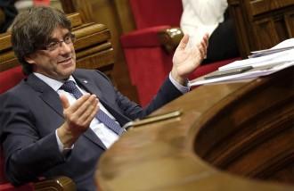 Vés a: Puigdemont supera el tràmit de la qüestió de confiança