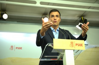 Vés a: Pedro Sánchez està «tocat però valent»