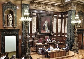 Vés a: La sala de plens de Barcelona ja es denomina Carles Pi i Sunyer