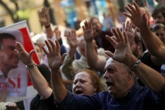 Vés a: Els partidaris del no a Rajoy es resisteixen a donar el braç a tòrcer davant la direcció del PSOE