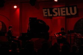 Flamenc i jazz s'alien dalt l'escenari en la nova proposta de Chicuelo i Marco Mezquida