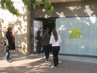 La campanya Aixequem les persianes a Solsona desperta poc interès