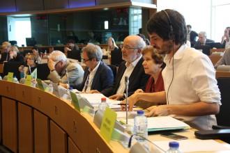 Vés a: ERC, PSC i ICV informen la Comissió Europea del rebuig del Parlament al TTIP i el CETA