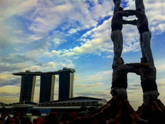 Vés a: Els Minyons s'acomiaden de Singapur amb castells de vuit entre gratacels