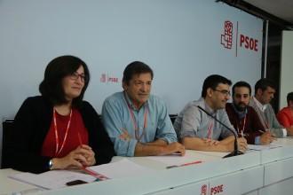 Vés a: El comitè federal del PSOE triarà entre dues resolucions: «no» a Rajoy o abstenció