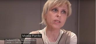 Vés a: Fernández Díaz condecora l'advocada del sindicat policial que es va querellar contra Mas