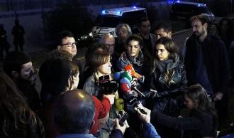 Vés a: Concentració davant del CIE de la Zona Franca per exigir-ne el tancament