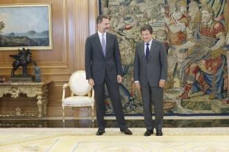 Vés a: Javier Fernández alerta que el PSOE no garantirà l'estabilitat de Rajoy