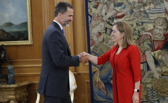 Vés a: Rajoy accepta l'encàrrec de formar govern i la investidura començarà dimecres a la tarda