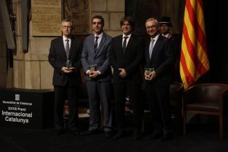 Vés a: Puigdemont situa la independència com a garant per millorar les condicions de vida dels ciutadans