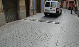 L'Ajuntament instal·la reductors de velocitat als carrers Sant Bartomeu i Escodines