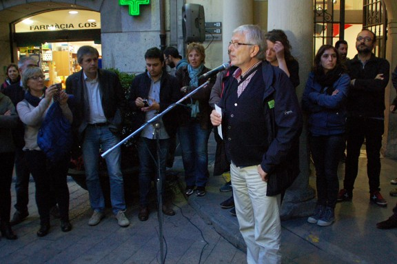 L'alcaldessa de Berga rep l'escalf de més de 200 ciutadans i polítics