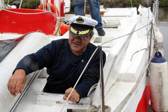 Vés a: Eivissa denuncia en Pepe per treure el precinte del seu catamarà i navegar fins a Pollença