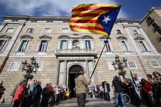 Vés a: Funcionaris de la Generalitat i l'ANC s'organitzen per desactivar les amenaces de l'Estat pel referèndum