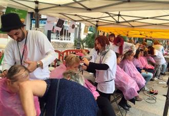 Vés a: Perruques solidàries per a dones amb càncer que es tracten amb quimioteràpia
