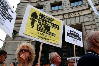 Vés a: Pacte entre el govern espanyol i el PSOE pel retorn de les clàusules sòl