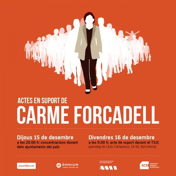 Concentració de suport a Carme Forcadell el 15D davant de l'Ajuntament de Solsona