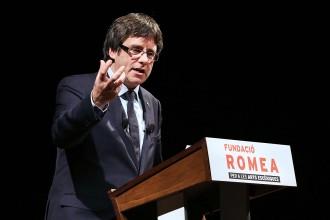 Vés a: Puigdemont pronostica que el 2017 farà entrar Catalunya en una «nova era» de llibertat