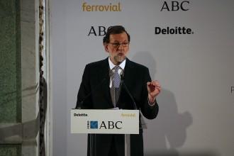Vés a: Rajoy evita respondre si ha boicotejat l'acte de Puigdemont: «Li han donat el tracte que es mereix»