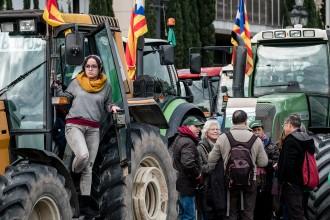 Vés a: Unió de Pagesos organitza «tractorades» en defensa de la democràcia i la llibertat