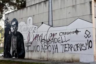 Vés a: Dos nous detinguts per fer pintades feixistes al mural dedicat a Xavier Vinader a Sabadell