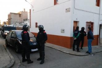 Vés a: Els Mossos engeguen un macrooperatiu contra el tràfic de drogues a Figueres