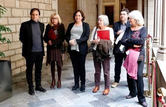 Vés a: El govern de Colau busca suports a l'oposició per combatre la «impunitat» del franquisme