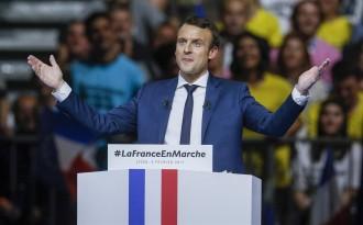 Vés a: Roger Rosich, politòleg: «Macron és un polític sòlid que potser s'ha pres literalment el seu nom, Emmanuel, l'enviat»