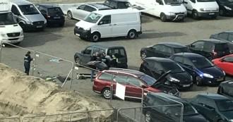Vés a: La policia frustra un atropellament massiu en un carrer de vianants d'Anvers