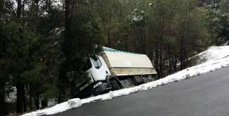 Vés a: Accident de camió aquest dissabte a la BV-4131 entre l'Espunyola i Casserres