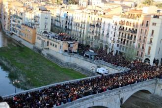 Vés a: Txarango encisa Girona amb el concert inaugural de l'Strenes més multitudinari