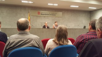Vés a: Pedagogia i confidències per vèncer la por al referèndum al departament d'Interior