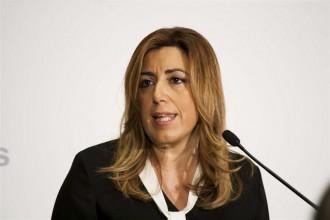 Vés a: Susana Díaz avisa Rajoy: no n'hi ha prou amb infraestructures