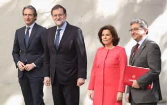 Vés a: Santamaría complementa el discurs de Rajoy: «El referèndum no es pot fer»