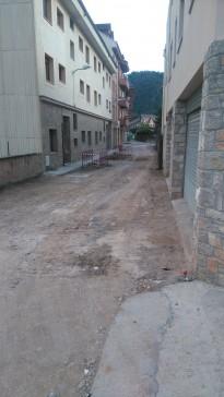 Vés a: L'ajuntament de Solsona repara algunes rajoles de la Plaça del Camp