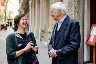 Vés a: Josep Maria Espinàs i Jenn Díaz, dues generacions per explicar Sant Jordi