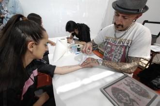 Vés a: Tatuatges de frases literàries: la mostra d'amor pels llibres d'aquest Sant Jordi