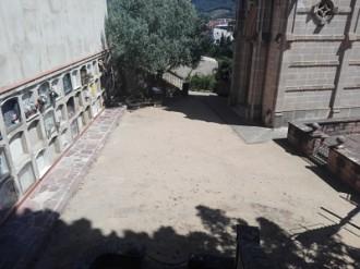 Vés a: La Garriga demana a 33 ajuntaments que localitzin familiars dels enterrats a la fossa comuna de la Doma