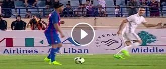 La màgia de Ronaldinho dona la victòria al Barça en el partit de llegendes contra el Madrid