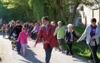 Vés a: Fènix organitza la 2a Caminada Terapèutica a la Mare de la Font