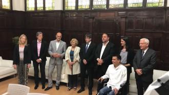 Vés a: El Govern trasllada a Carmena i Iglesias la determinació per fer el referèndum